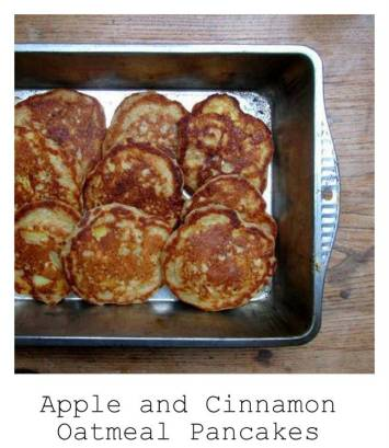 apple-and-cinnamon-oatmeal-pancakes-511