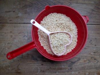 august og rice krispie treats 069
