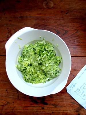 zucchini muffins 001