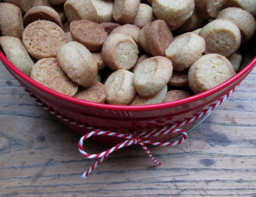 Pebernødder og brunkager 039
