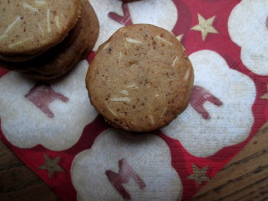 Pebernødder og brunkager 051